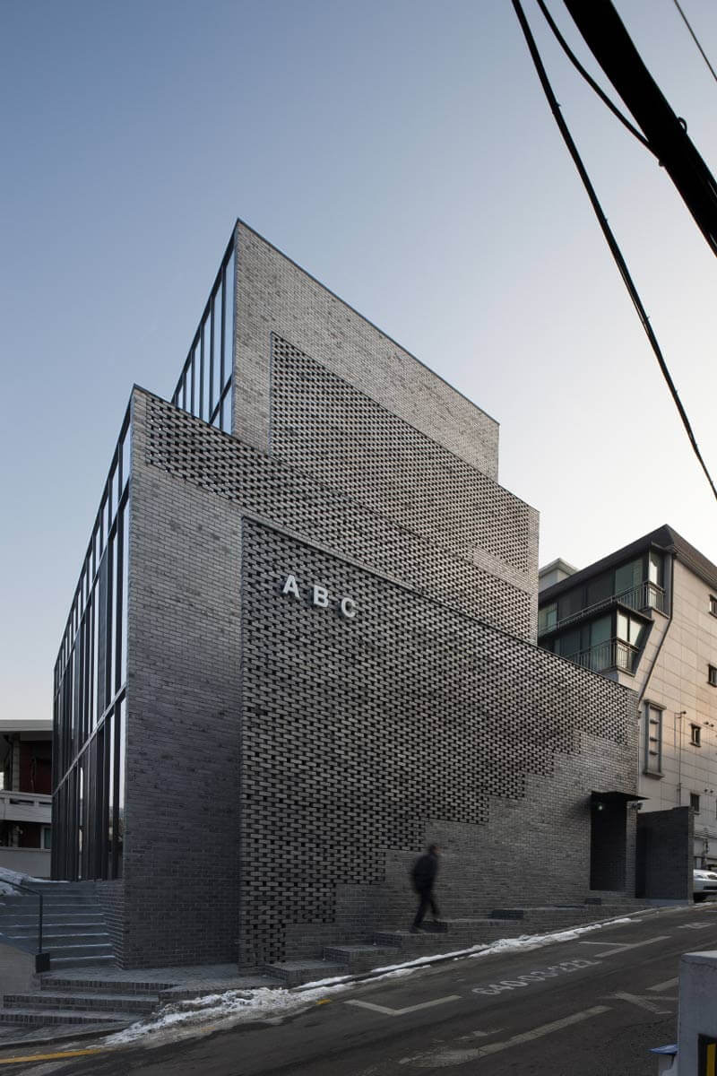 © Chin Hyosook -  ABC Building / Wise Architecture