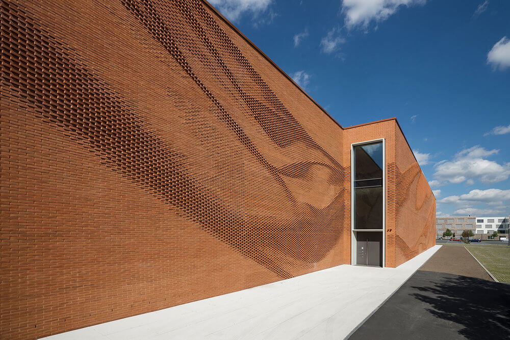 © ADMINISTRATIVE BUILDING TEXTILVERBAND MÜNSTER / behet bondzio lin architects GmbH & Co