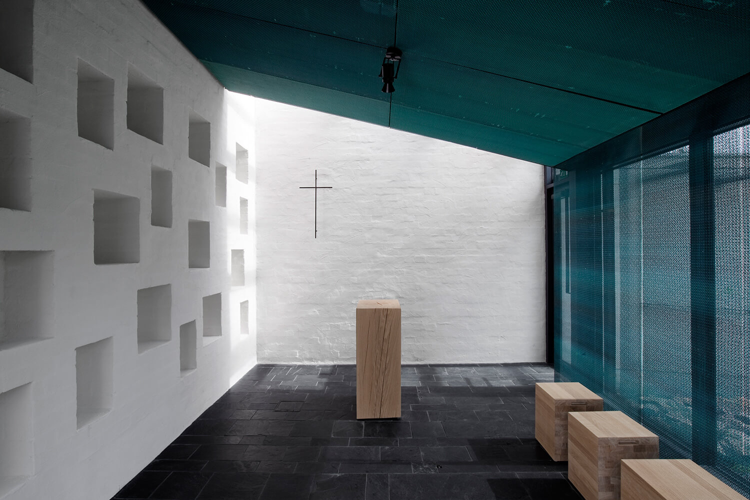 © Tuomas Uusheimo - Chapel of St.Lawrence / Avanto Architects Ltd
