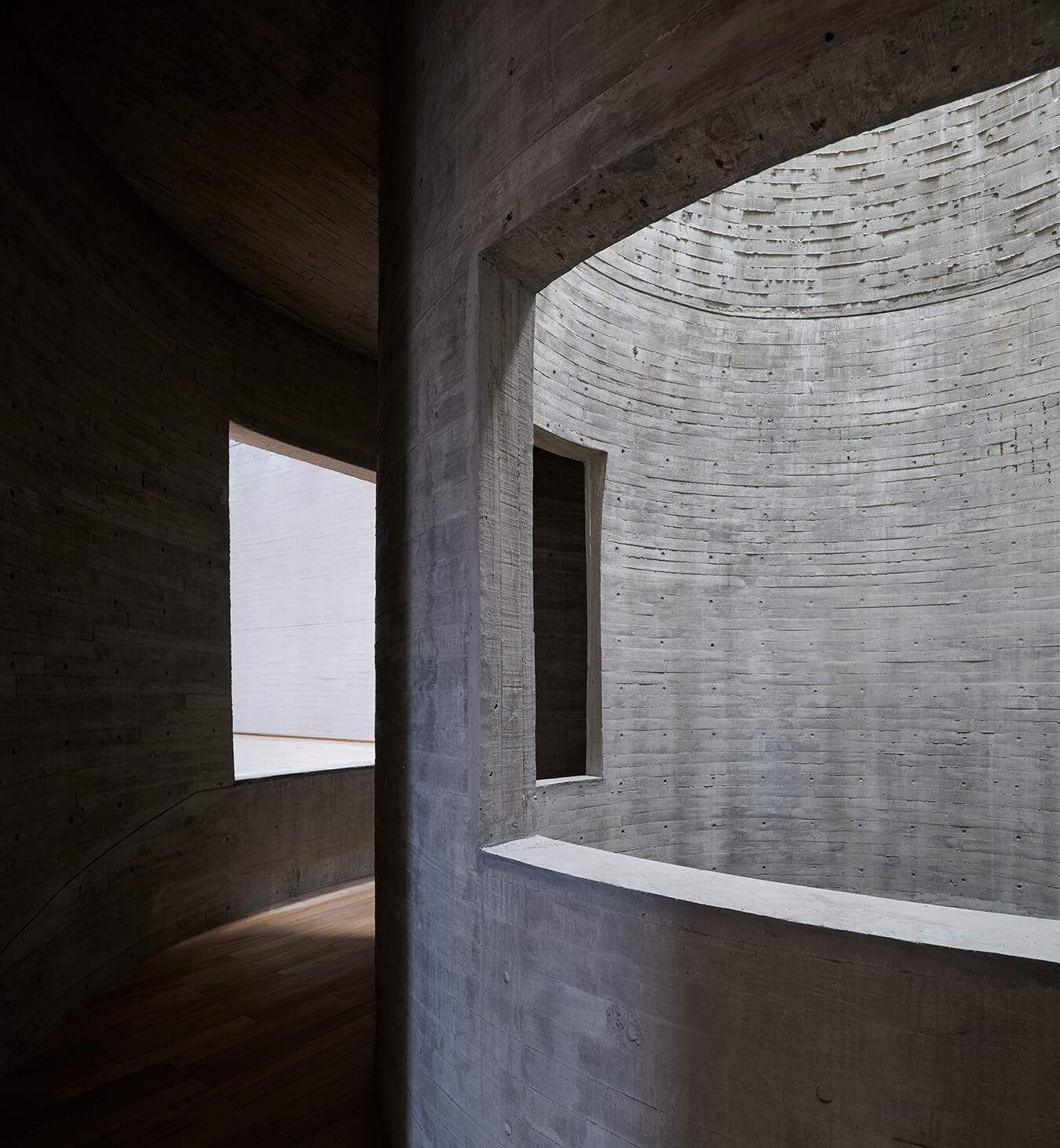 © Chen Hao 陈颢 / Changjiang Art Museum / Vector Architects