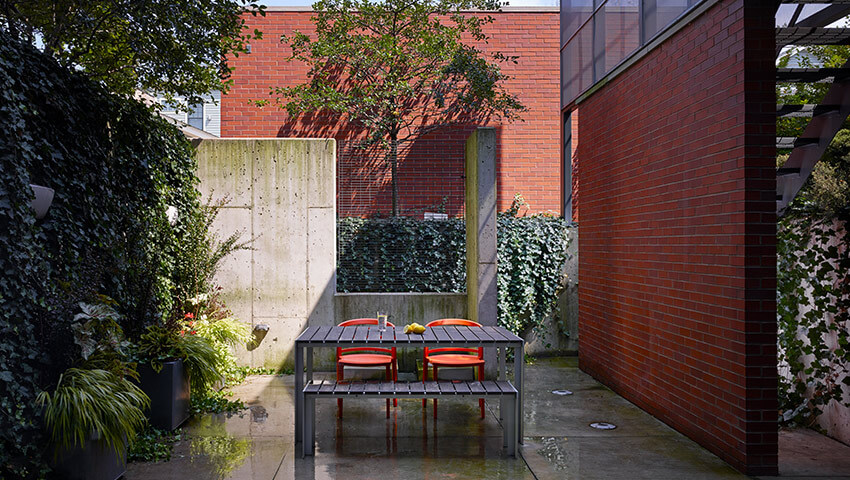Claremont House / Brininstool+ Lynch