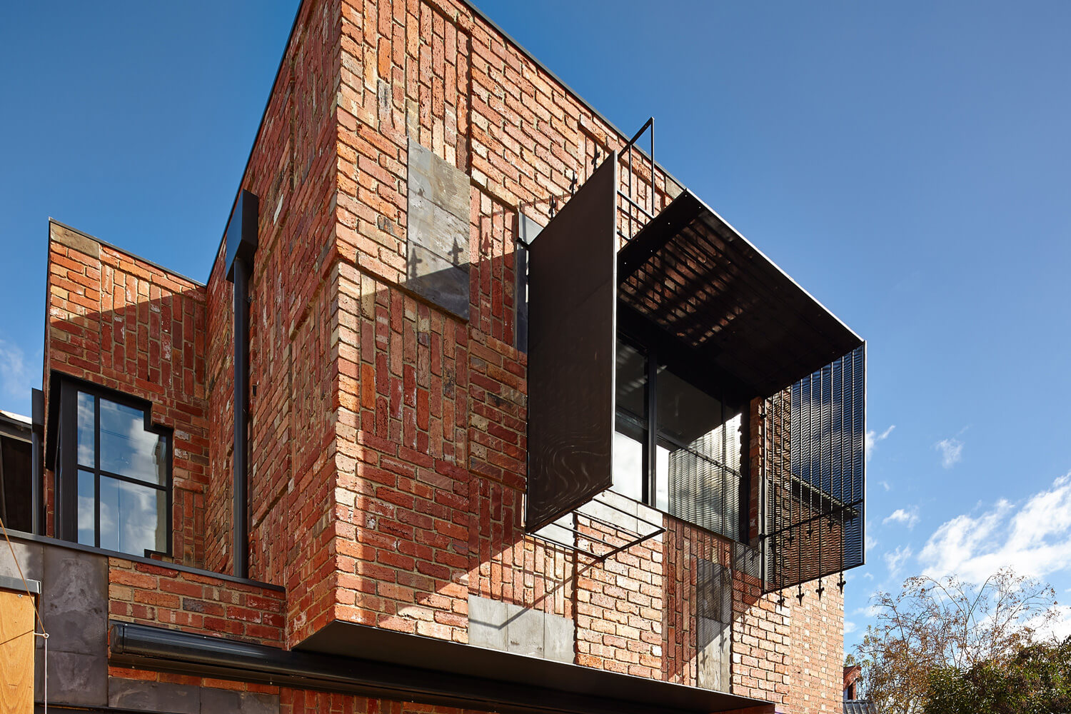 © Peter Bennetts Photographer- Cubo House/PHOOEY Architects