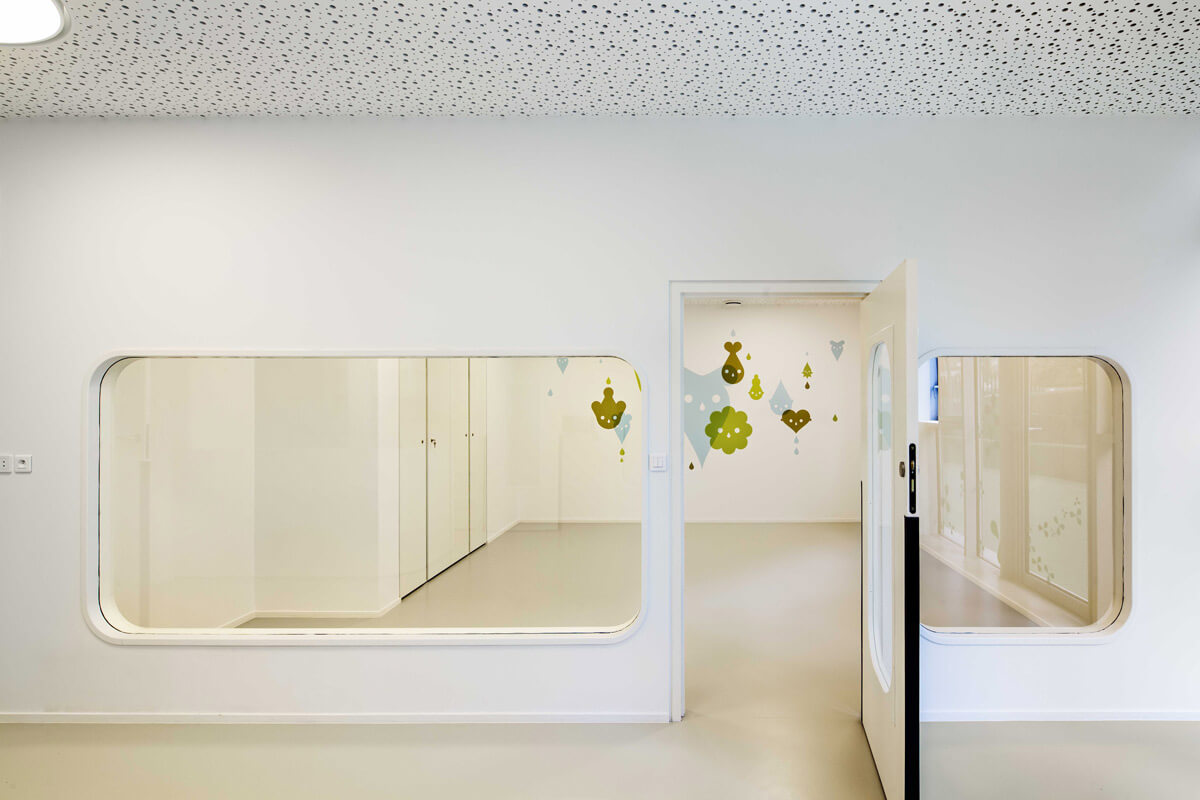 © Luc Boegly - Day-care and Young workers Hostel ZAC DES LILAS / Avenier Cornejo Architectes