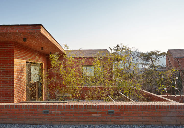Fortress brick house wise architecture for Fortress house