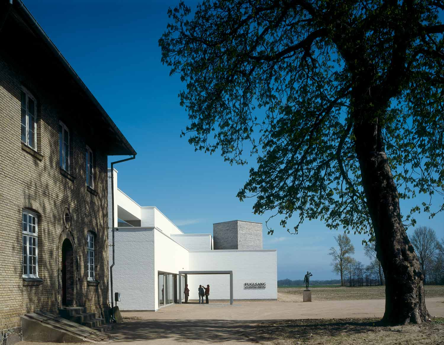 © Helene Binet - Kunstmuseum Fuglsang / Tony Fretton Architects Ltd