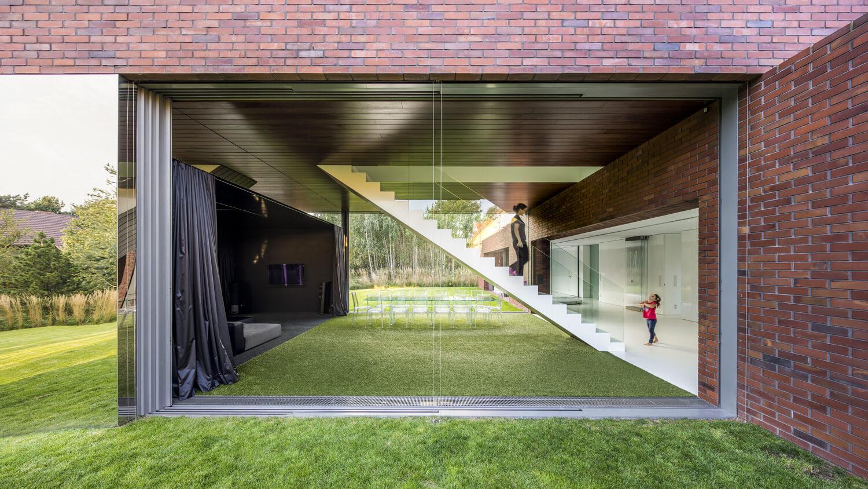 living garden house in katowice kwk promes. Black Bedroom Furniture Sets. Home Design Ideas