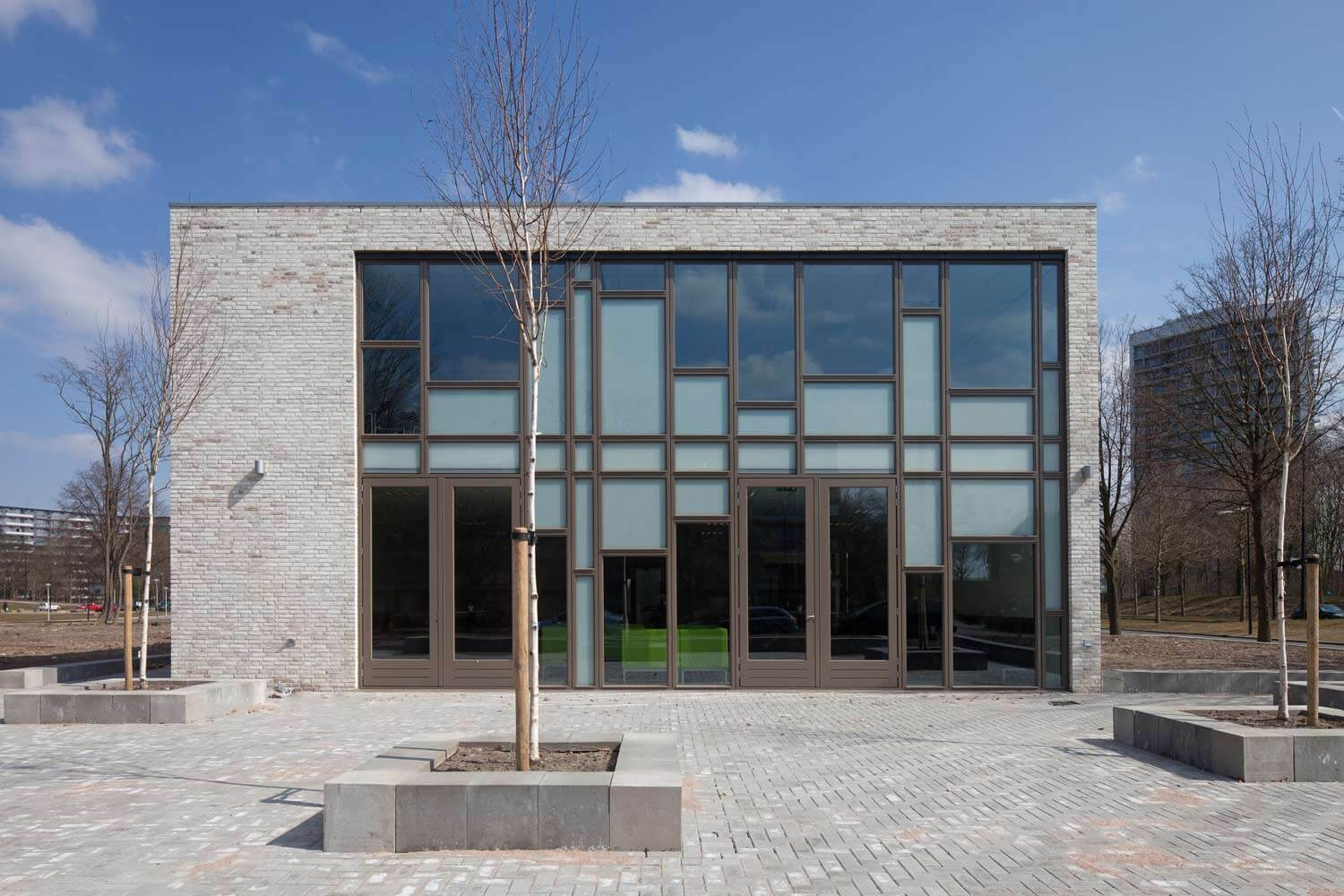 Moravian Church / 70F architecture