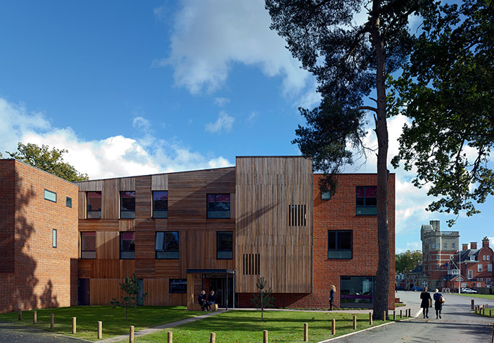Pangbourne College Boarding House / Mitchell Eley Gould Architects