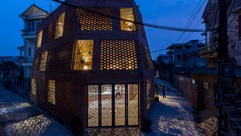 Brick Cave / H&P Architects