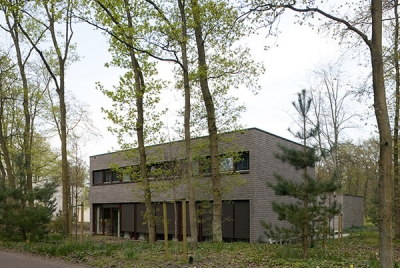 Housing for the visually impaired / 70F architecture